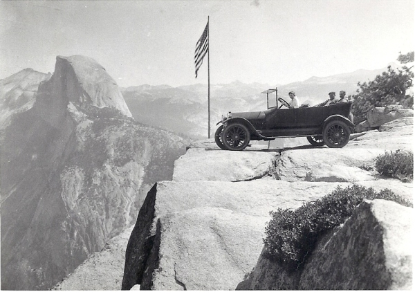 Studebaker on the heights of Yosemite 1916